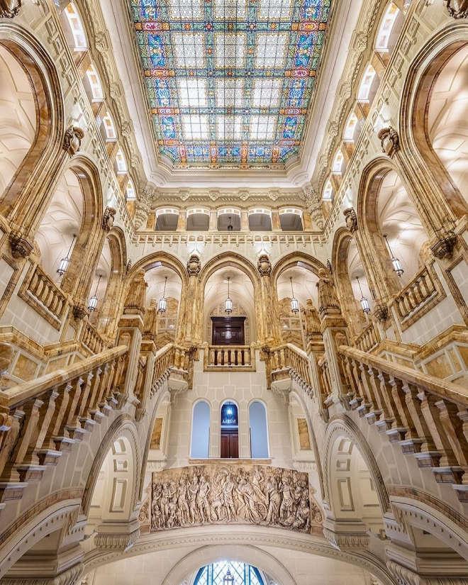 Escalera del Palacio de los Duques de Santoña