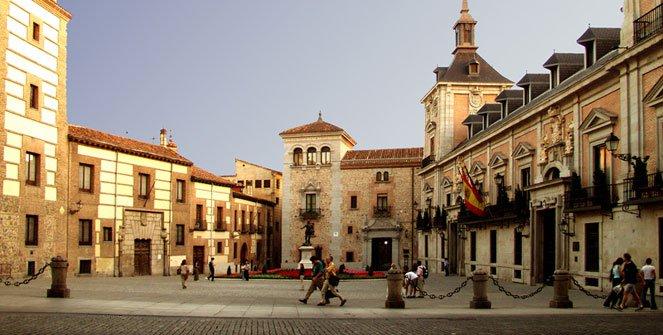 Resultado de imagen para plaza de la villa  madrid