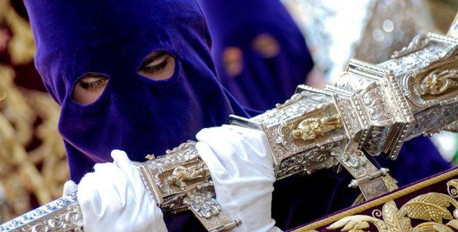 Nazareno en procesión