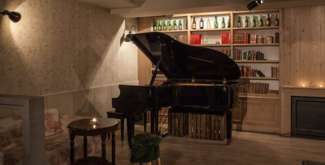 La Bombilla Piano-Bar
