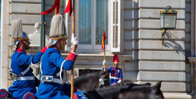 Relevo solemne y cambio de Guardia en el Palacio Real