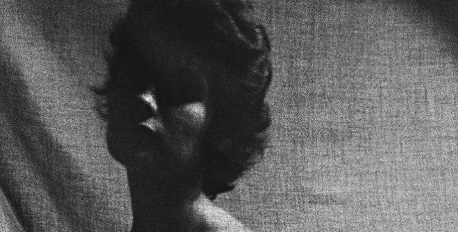 Lydia Anoz. Sin título (Krisk y planta), decada de 1970 © Lydia Anoz. Museo de Navarra