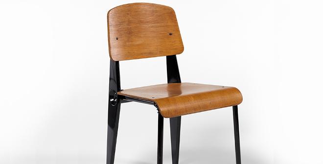 Jean Prouvé. Chaise nº300, hacia 1947. Donación de la Sra. CatherineProuvé, 1992. Colección Centre Pompidou, París. Musée National d´Art Moderne - Centre de Création Industrielle © Adagp, París