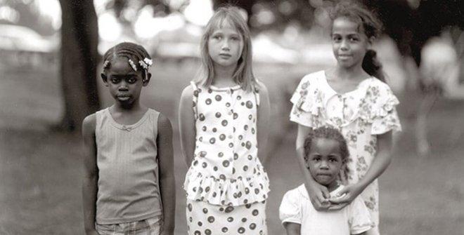 Judith Joy Ross.Mona Park, Allentown, Pennsylvania, 1996. © Judith Joy Ross, courtesy Galerie Thomas Zander, Cologne