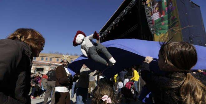 Manteo del pelele. Carnaval Madrid 2020