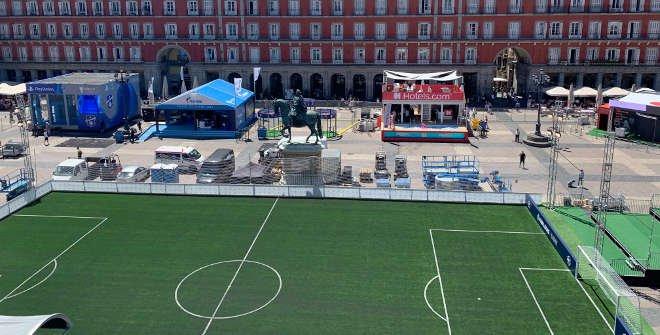 Campo de fútbol en la Plaza Mayor (UEFA Champions Festival Madrid 2019)