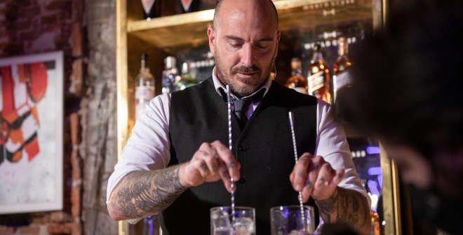 Luis Inchaurruga, bartender restaurante Krápula