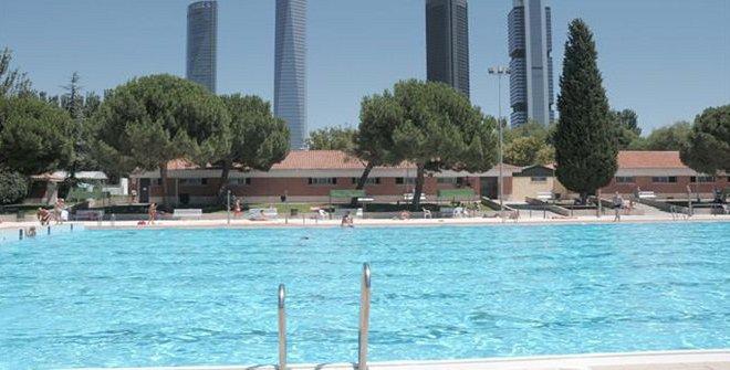 Centro deportivo municipal vicente del bosque for Piscinas nudistas en madrid