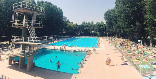 Universidad complutense de madrid swimming pool for Piscinas de verano madrid