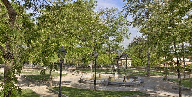 Parques y jardines madrid for Jardines de las vistillas