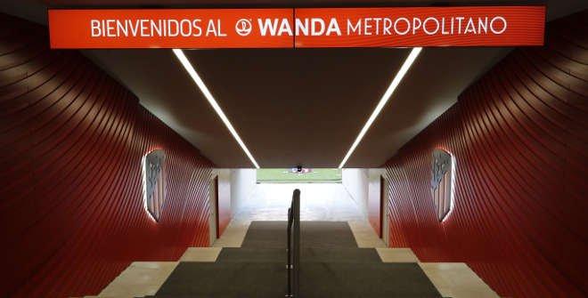 Entrada al terreno de juego del estadio del Atlético de Madrid. Tour Wanda Metropolitano