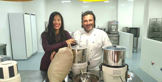 Escuela de Chocolate. Helen López, Directora General y Juan Ángel Rodriávarez Director Académico