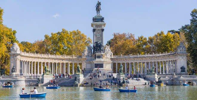 Lago Grande De El Retiro Turismo Madrid