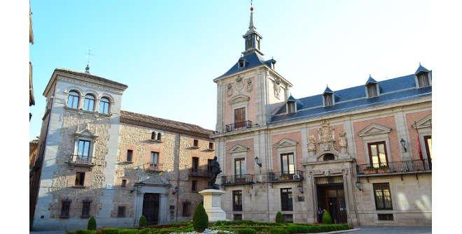 Histohuellas - Plaza de la Villa