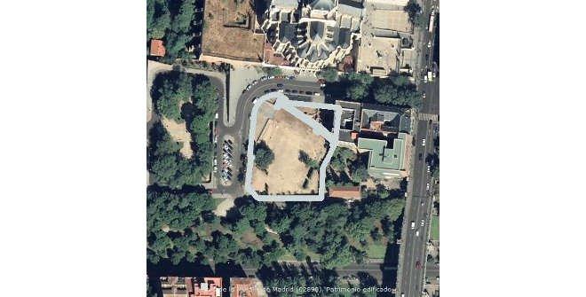 Vista satélite restos muralla árabe en el Parque de Mohamed I