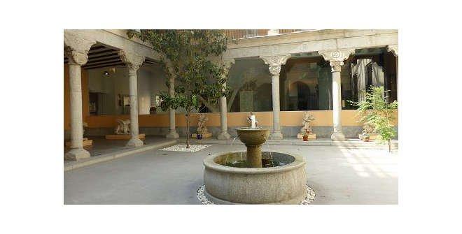 Patio renacentista. Museo de San Isidro. Los Orígenes de Madrid