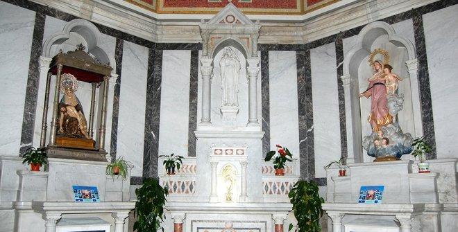 Iglesia de San Miguel y San Benito