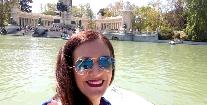 En una barca en el estanque del Retiro