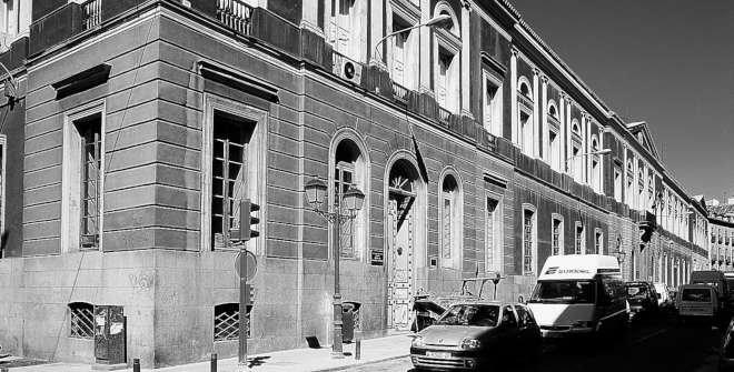 Universidad Central. Calle San Bernardo, 49
