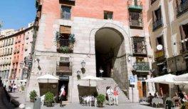 Visita Oficios desaparecidos de Madrid. Arco de Cuchilleros (Plaza Mayor)