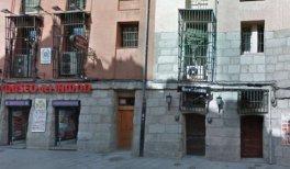 Casa de Fortunata Izquierdo (Fortunata y Jacinta) en el número 11 de la Cava de San Miguel