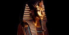 La máscara dorada de Tutankhamón  The golden mask of Tutankhamón