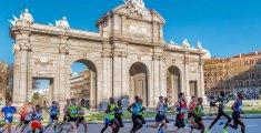 Movistar Medio Maratón de Madrid 2018 a su paso por la Puerta de Alcalá