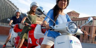 Wasp Rent. Vespa Tour