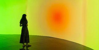 Onionlab. Instalación interactiva para experimentar la relación entre color y emoción © Color. El conocimiento de lo invisible. Espacio Fundación Telefónica, 2021