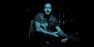 Eddie Vedder con Glen Hansard