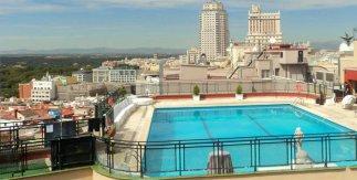 Hoteles urbanos con piscina madrid - Piscina hotel emperador ...