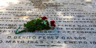 Cementerio de la Almudena. Tumba de Benito Pérez Galdós