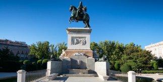 Monumento a Felipe IV ©2018 Antonello Dellanotte